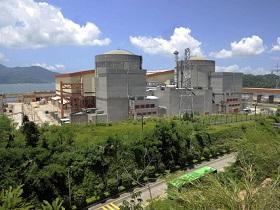 中國擬10年建60核電機組